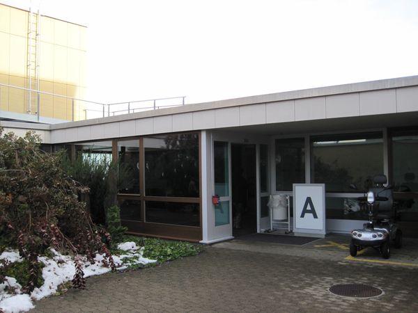 iwaz schweizerisches wohn und arbeitszentrum f r mobilit tsbehinderte wetzikon. Black Bedroom Furniture Sets. Home Design Ideas
