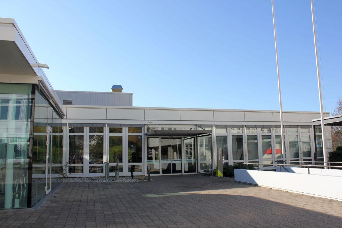 Hallenbad Oensingen Haupteingang