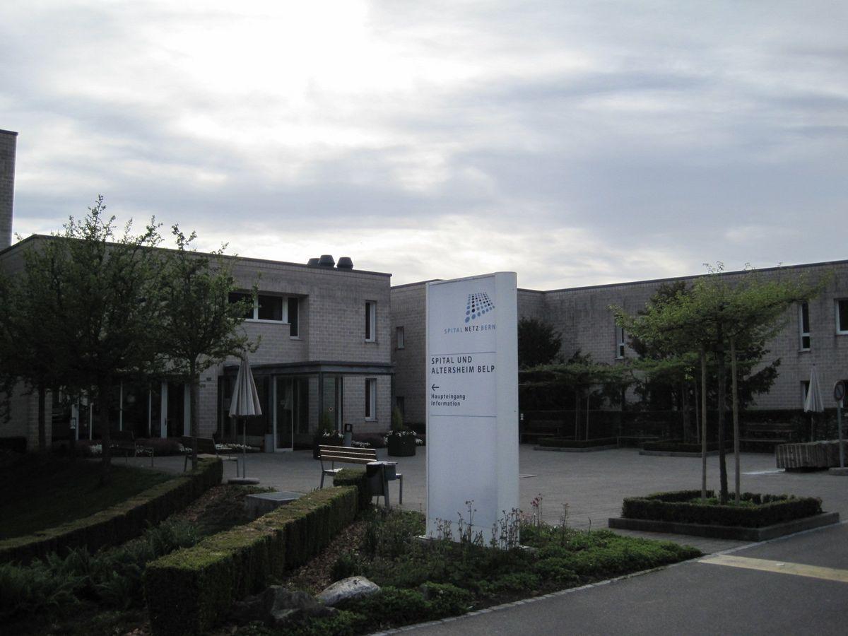Hallenbad Belp Haupteingang